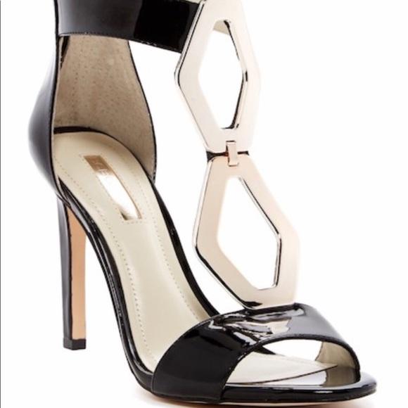 BCBGeneration Black/gold ankle wrap classic Heels